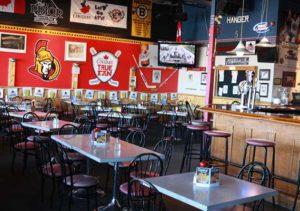 The Prior Sports Bar, Ontario, Arnprior